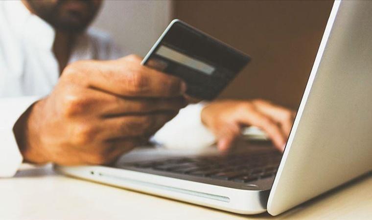 Kredi Kartı Kullanımının Ülke Ekonomisine Sağladığı 10 Önemli Fayda